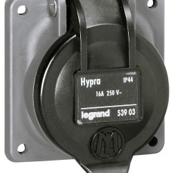socle tableau hypra ip44 16 a 250 v 2p t brochage dom plast