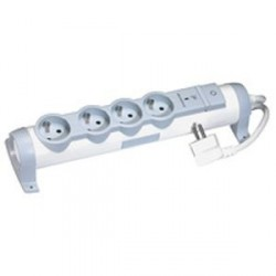 Rallonge Multiprise Legrand Confort et Sécurité Parafoudre 4X 2P+T 3G1,5