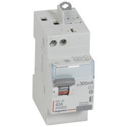 inter diff dx id vis auto 2p 230v 40a type ac 300ma depart haut 2m