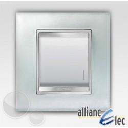 Interrupteur 2m lum localisation lux glace sur blanc complet Gewiss Chorus